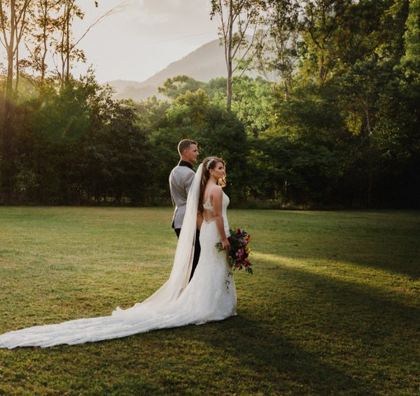 How NOT to Choose your Wedding Photographer